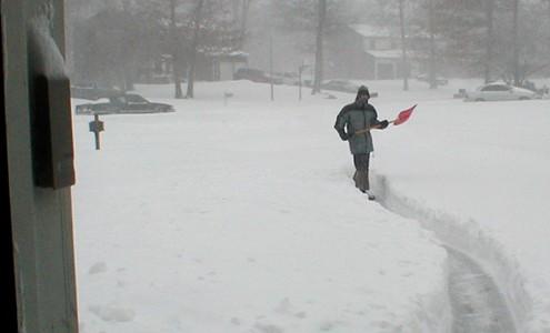 shovelling snows=